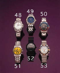 BREITLING.  A STAINLESS STEEL AND GILT SPLIT-CHRONOGRAPH WRISTWATCH WITH DATE AND BRACELET