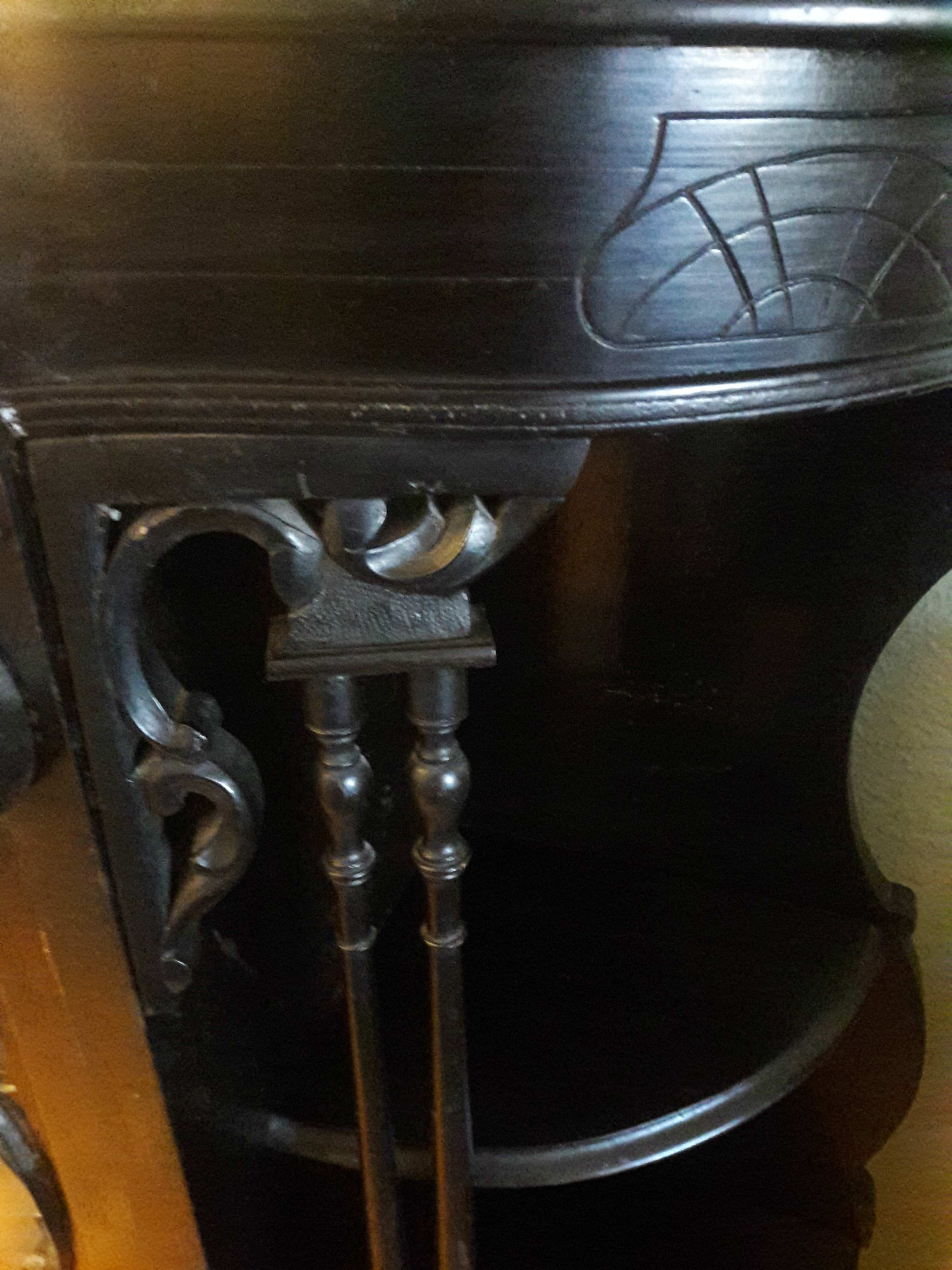 Item images%2f1515947585578 kz39f7b1q5 cc8bd7da2b2bcf64a913c6db6928045d%2f%217+hutch carvings