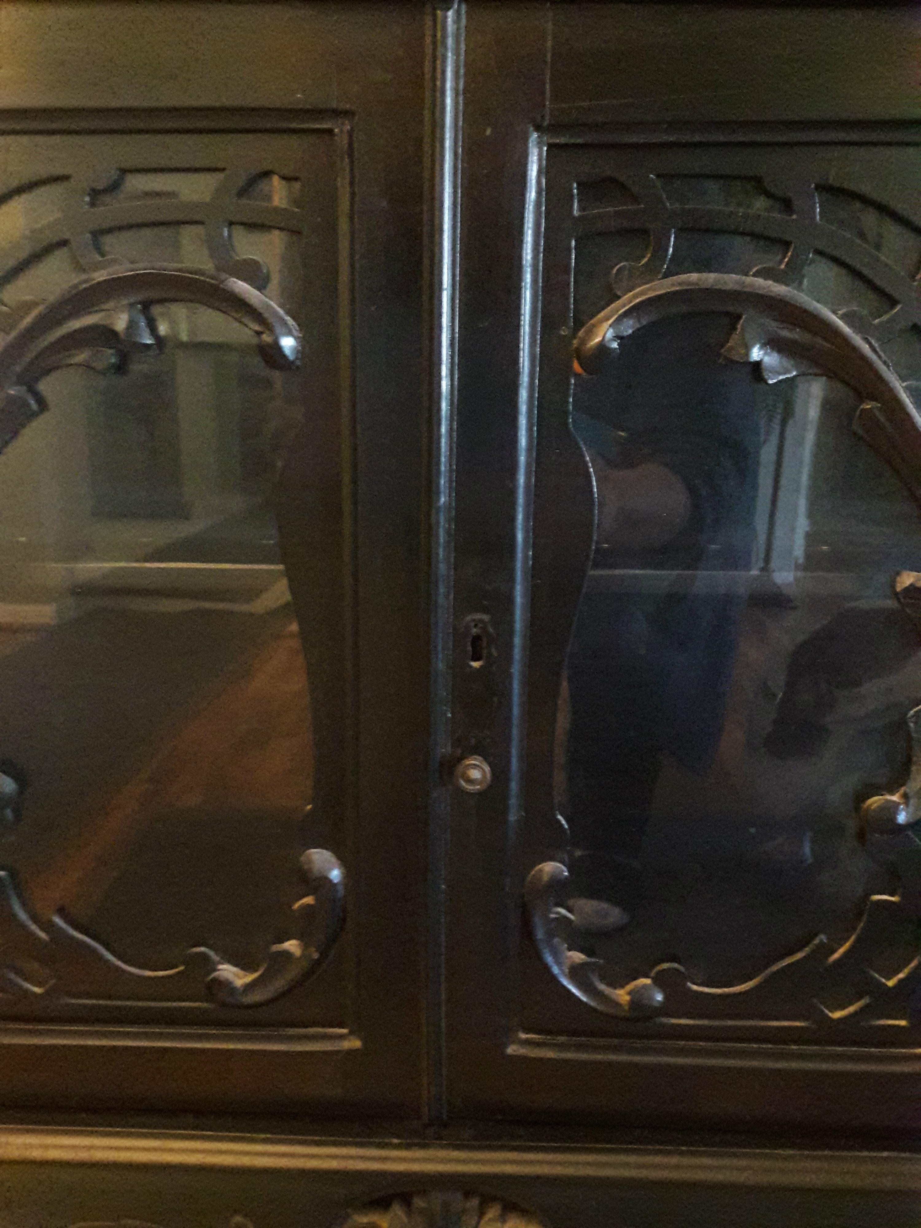 Item images%2f1515947599154 n02dgs7szy cc8bd7da2b2bcf64a913c6db6928045d%2f%21++10+hutch +glass+doors