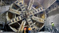 Huge tunnel boring machine.jpg