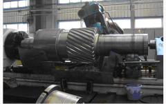 Machining huge shaft.jpg
