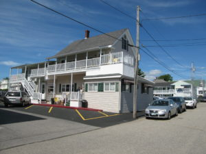 Motel & Home – 50 Yds from Beach