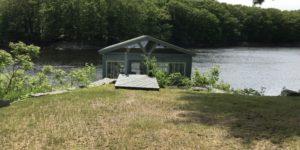 Saco/Riverfront Home/Boathouse