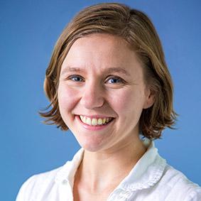 Julia Hechler