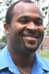 Roberto Douge Picture