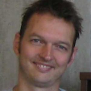 Dr. Lennaert van Veen