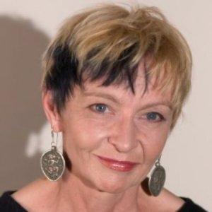 Suzanne Stefanac