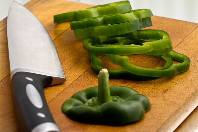 Sliced green bell pepper