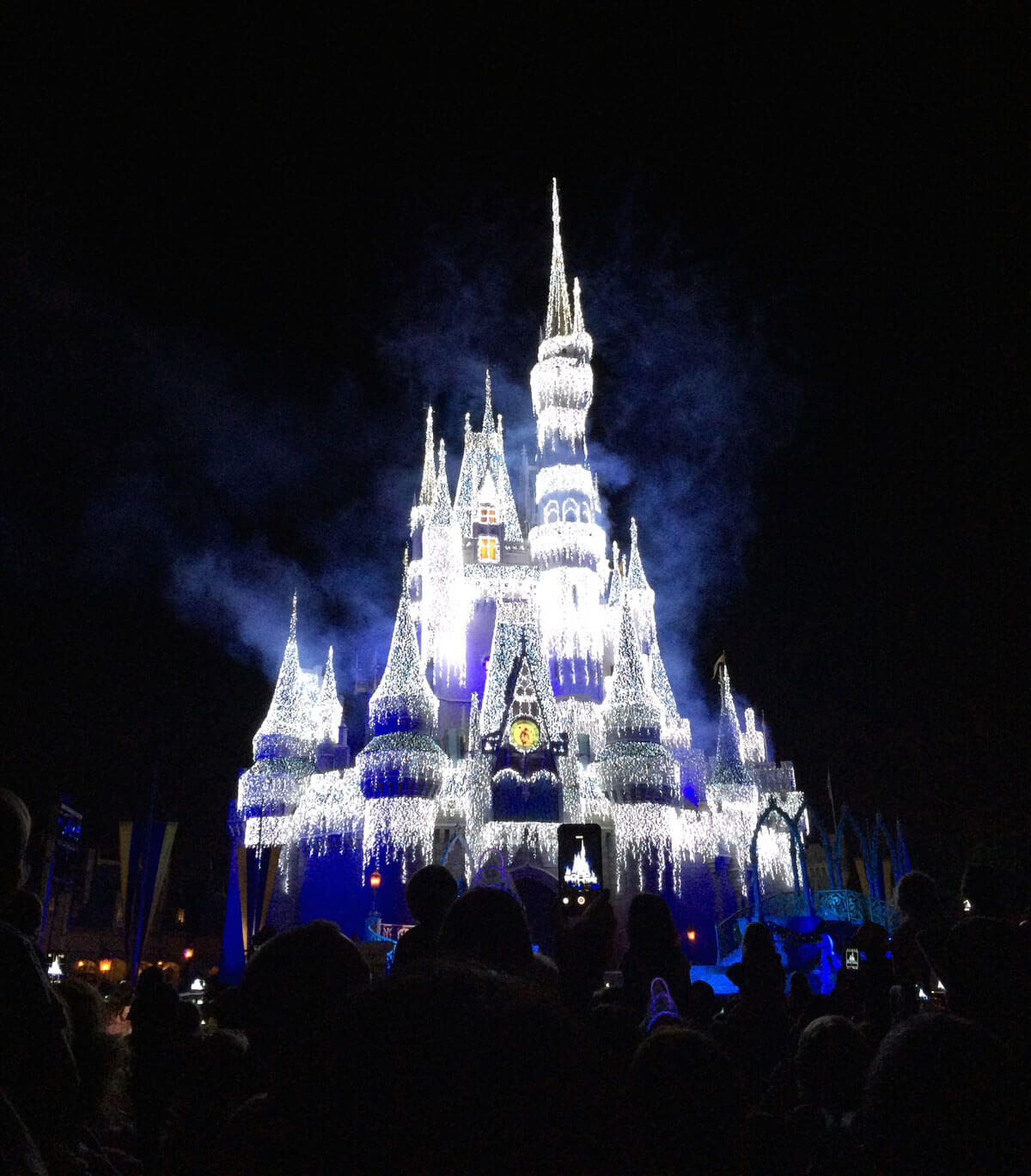 Disney World 'Frozen' Holiday Events - Undercover Tourist