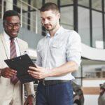 Você sabe como abordar corretamente um cliente?
