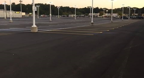 Asphalt Parking Lot Services