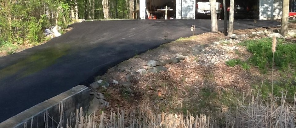 Seal Coating Asphalt Driveways