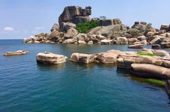 Dolwe Island, Uganda