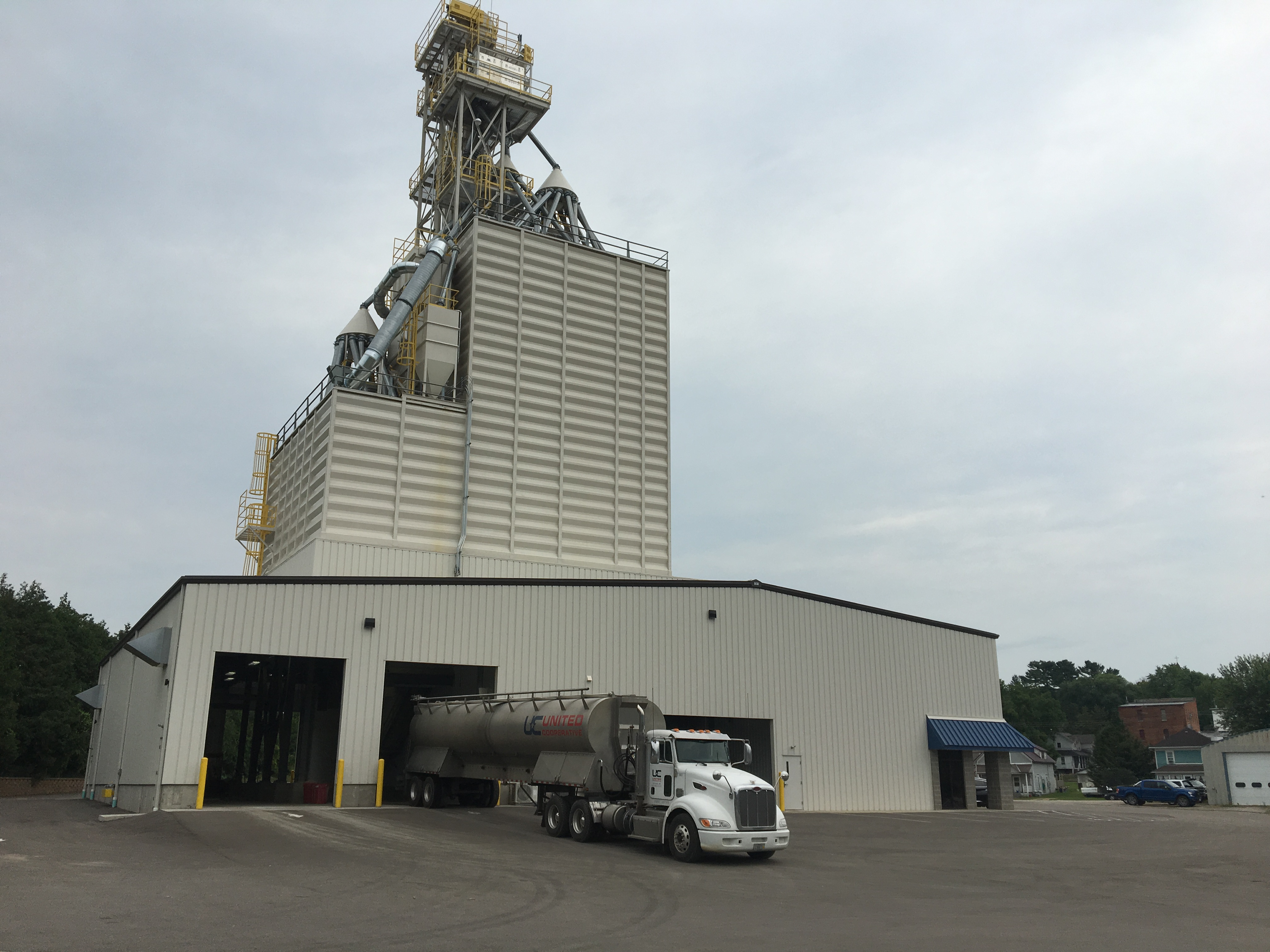 United Cooperative's Wilton feed mill location