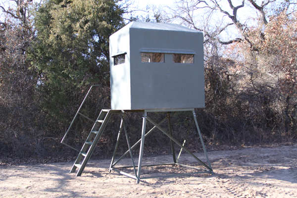 Potts Feed Store - Deer Blinds and Towers