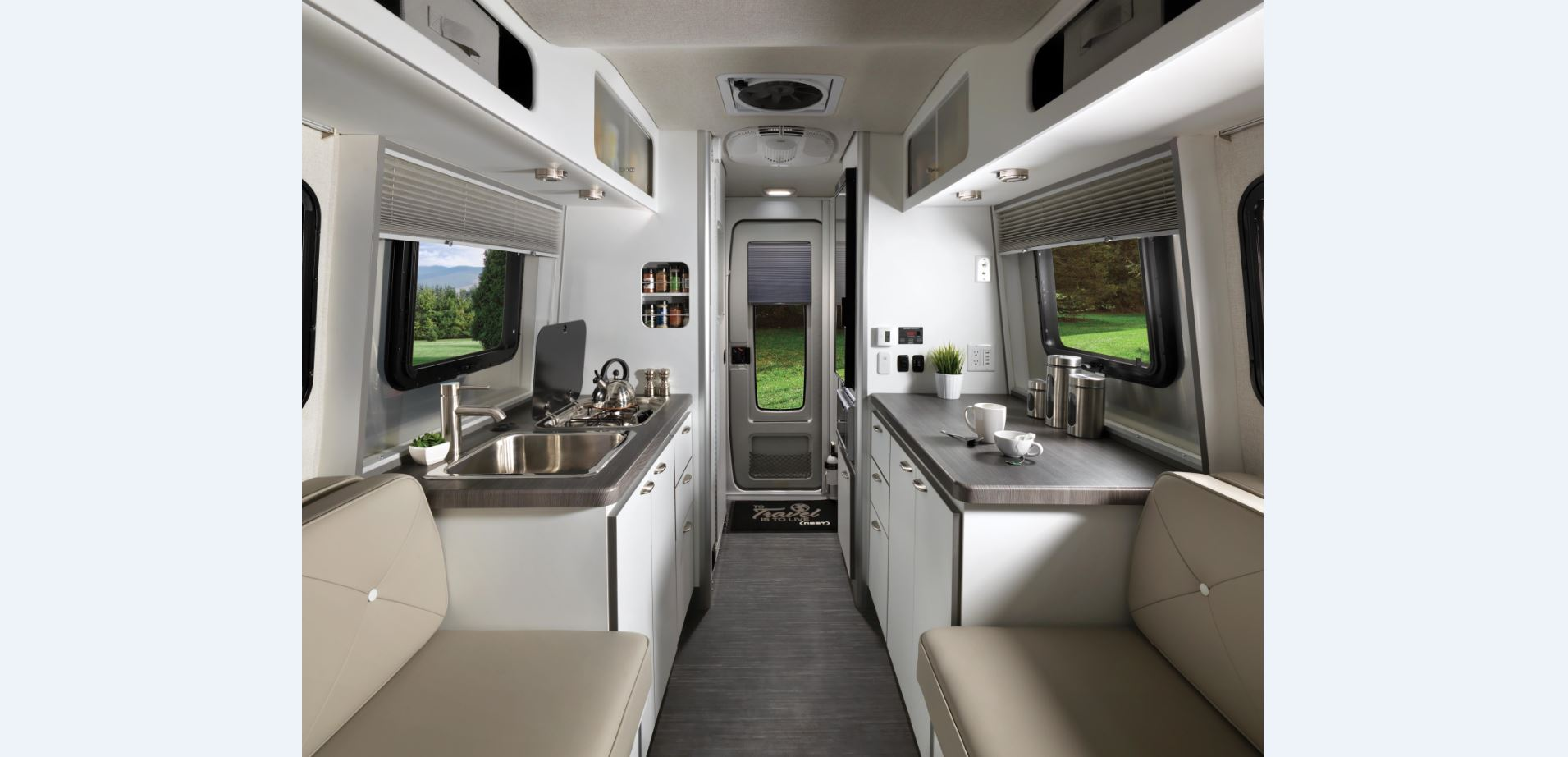 2018 Nest by Airstream l Interior l Dinette