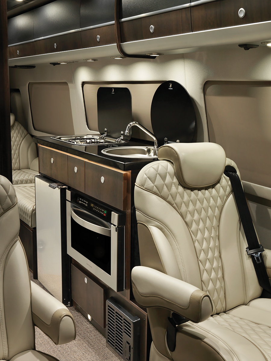 Airstream Interstate EXT Slate