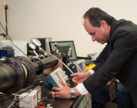 Ehab Abdel-Rahman, the academic provost of AUC, in the university's lab. (Photo: AUC)