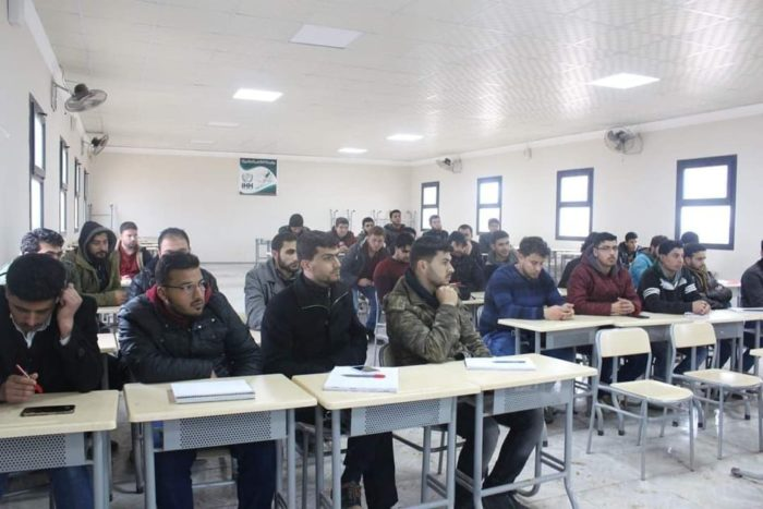 Students at International Sham University. (Image: Ahmed al-Ogla)