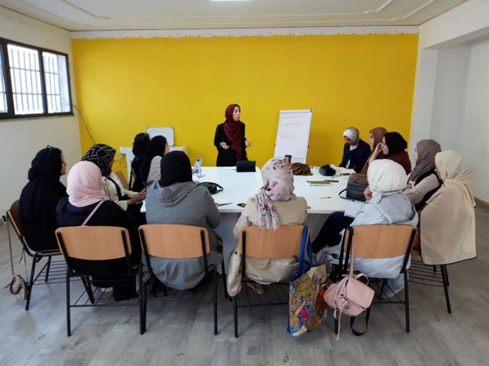Women hear a presentation during a training session organized by Jusoor and SPARK (Photo: Jusoor for Studies and Development).