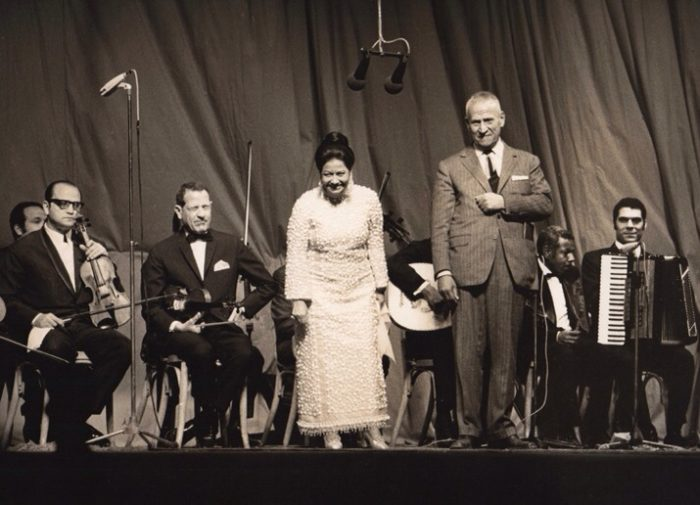 Umm Kulthum's  concerts lasted for hours and her live radio broadcasts attracted huge audiences (Photo: Wikimedia Commons).