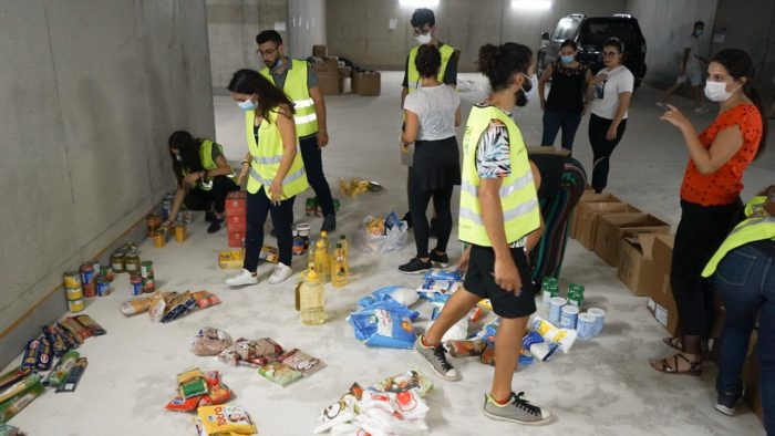 A team with the charity Live Love Beirut helps distribute disaster-relief supplies (Photo courtesy of Live Love Beirut).