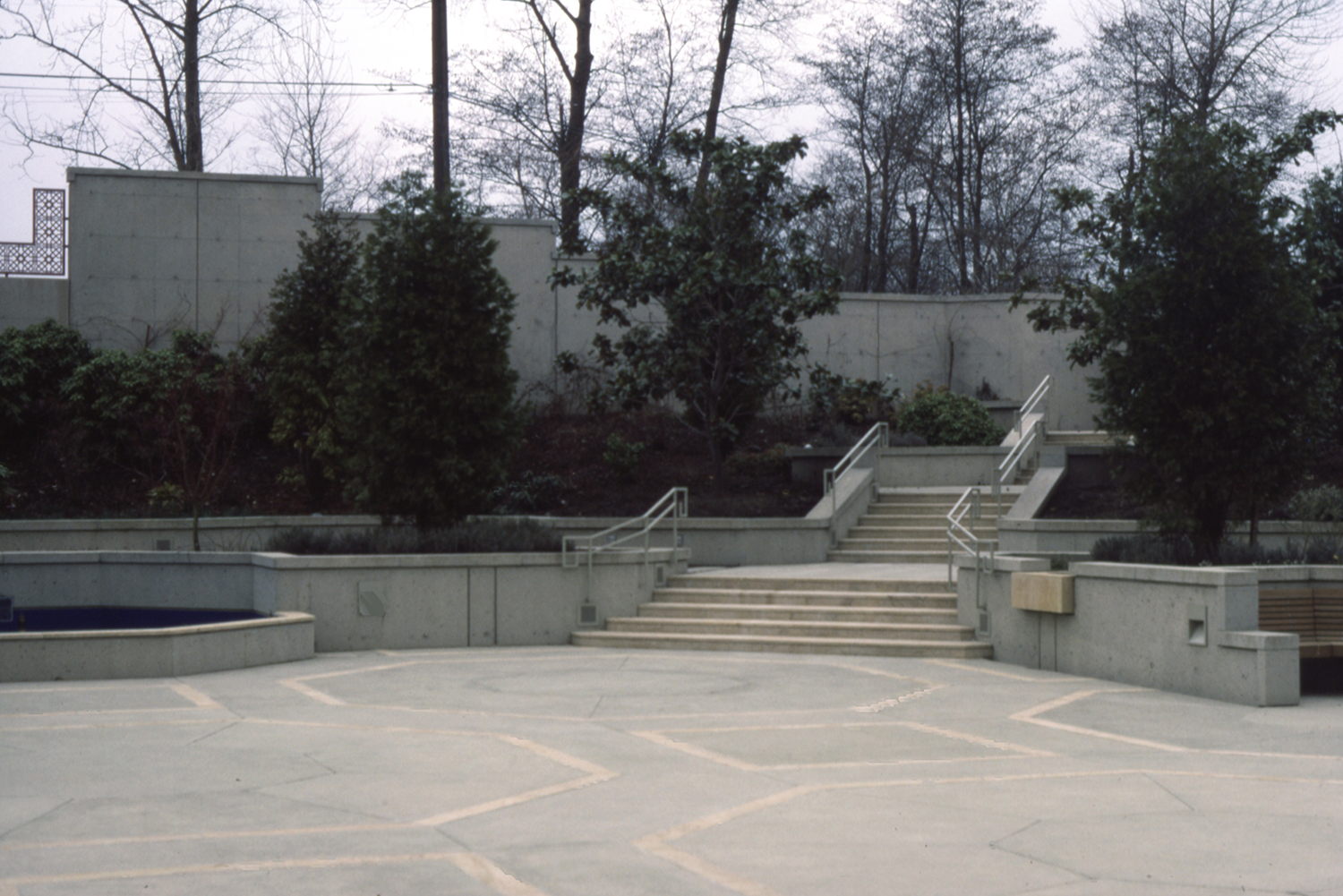 The Ismaili Centre, Burnaby | Courtyard  | Archnet