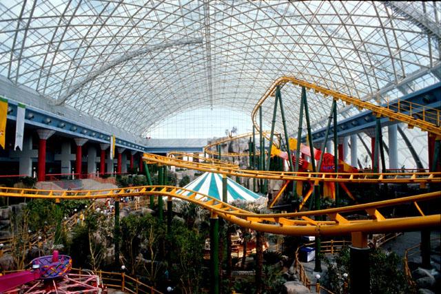 Tatilya Indoor Theme Park Interior View To Metal Space