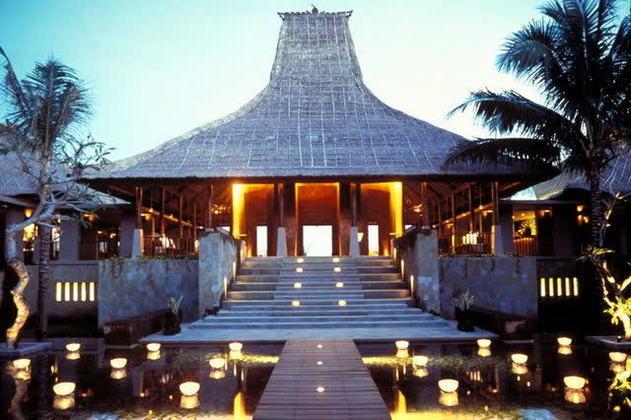 Maya Ubud Hotel | Floor plan of main building | Archnet