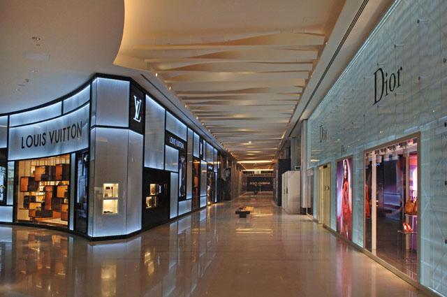 Bahrain World Trade Centre Mall Interior Image 1 Archnet