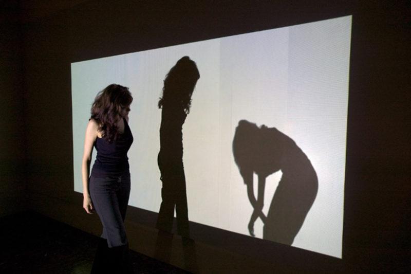 20100824014440-shadow-1