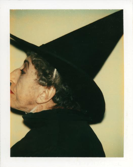 20110516194934-warhol_witch