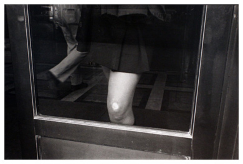 20110911232345-cohen__knee_against_glass__may__1976