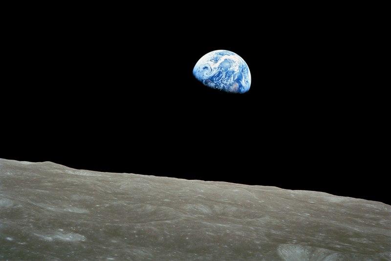 20150506191306-earthrise