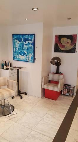 20161020202551-salon_on_fifth_add_to_art_slant