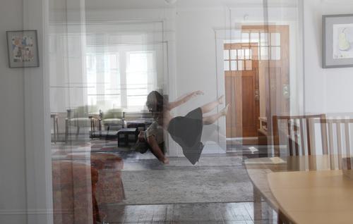 20161020222802-levitation_3