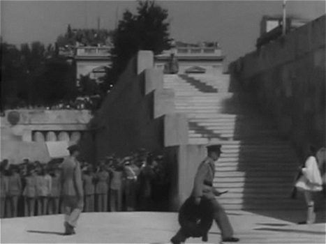 20161122022627-restoration_of_king_george_ii_returning_to_greece__1946___2014_15__16_mm_film_transferred_to_digital_video__digital_animation