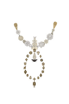 20161125131103-necklace_of_adornment_for_the_immigrant_farmworker__72_