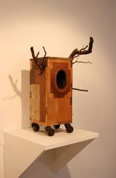 20170116205530-horned_god_orifice_box-carved-wooden-sculpture_on_wheels_found_materials_upcycled_by_artist_wayne_chisnall__2_