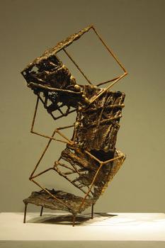 20170125205318-climbing_sara_hupas_bronze_cast__welded_wire_16x33x17cm