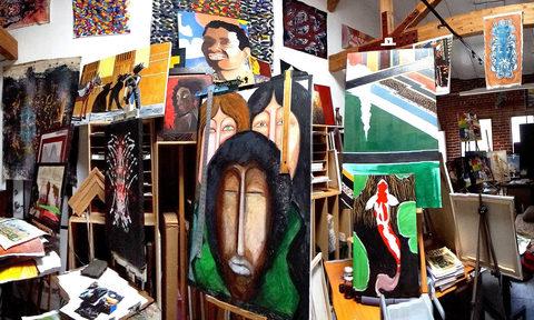 20170415002028-_gary_paintings_amidst_art_works_continuum_paintings_2013ap