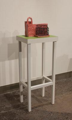 20170430015855-pink_green_pedestal