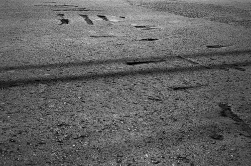 20170523235205-ordicalder_photography-abstract-contemporaryart-conceptual-fineart-asphalt-inscriptions-lines-parallel-dsc0083