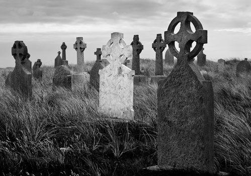 20170623023311-cill-_inne-cemetery-web