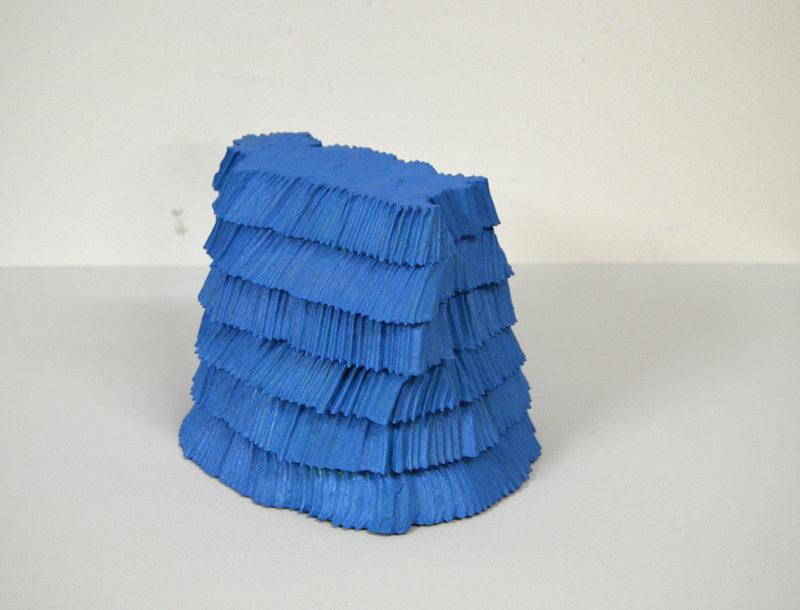 20170802215133-miika_nyyssonen_blue_sculpture
