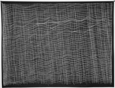 20170807093115-clothwebcrystaldyer