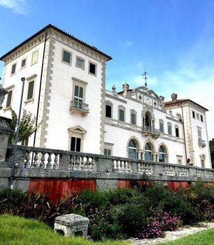 20171028041101-mansion
