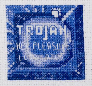 20171031200100-condom_her_pleasure