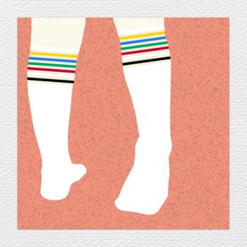 20171129150522-tube_socks_on_wall