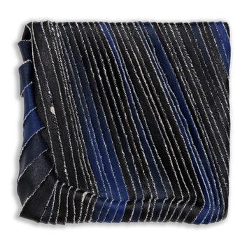 20171130171626-black_to_blue